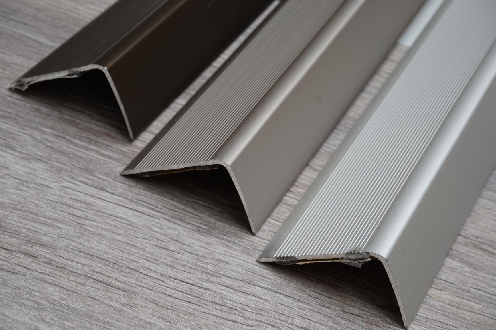 Distributie van aluminium profielen voor vloeren en trappen - eerlijke prijzen
