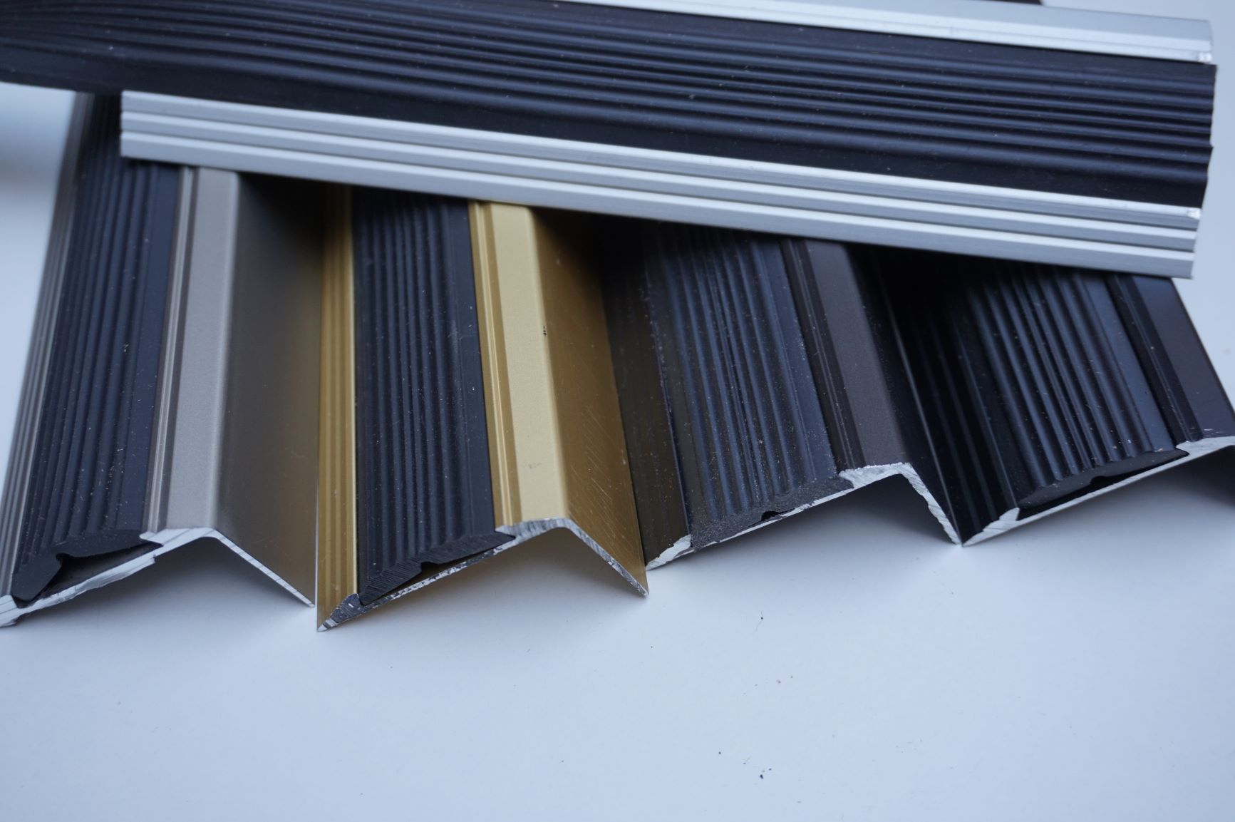 Distribution of aluminium profiles for floors and stairs - fair prices